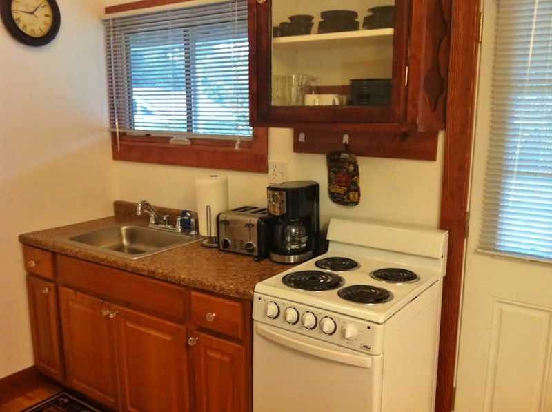 Vacation Rental Kitchen at Twin Gables, Skamokawa, WA